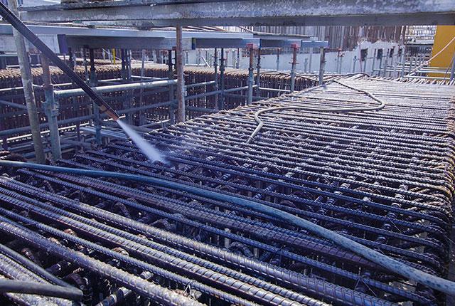 Tiếp tục thi công cốt thép dầm chuyển tầng 4 và tầng 5 block Venus