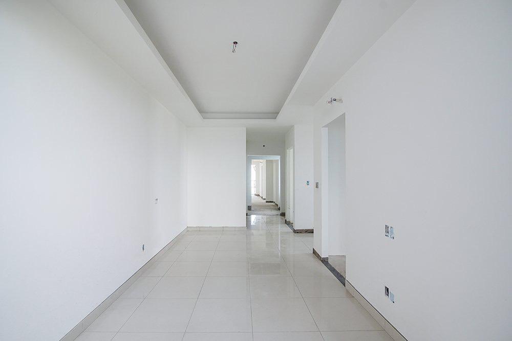 Thi công lát gạch nền căn hộ tầng 14 Block Mercury và Block Uranus Q7 SaiGon Riverside
